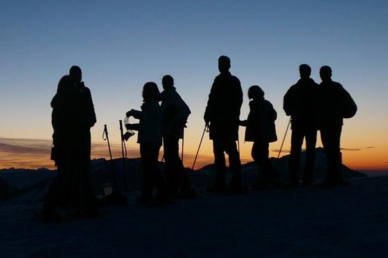 Abend- oder Vollmondschneeschuhtour - mit Fondueplausch und Bockerlabfahrt 1 Person  [article_picture_small]