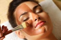 Express Gesichtsbehandlung für 2 - inkl. Cüpli, Kaffee oder Mineral