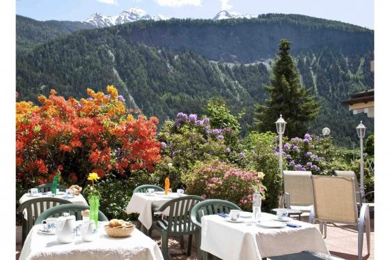 Séjour romantique en Valais - Suite Junior avec jacuzzi 4 [article_picture_small]