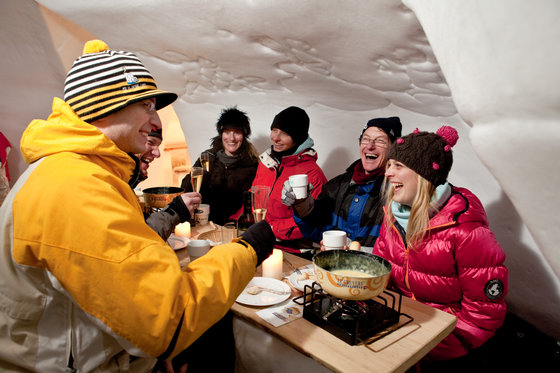 Winter Action in Engelberg - snowXmachine und Iglu Fondue 1 [article_picture_small]
