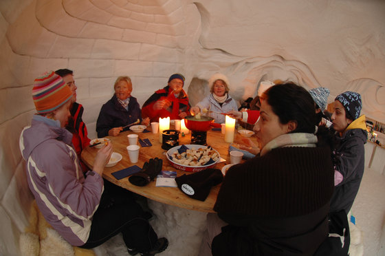 Winter Action in Engelberg - snowXmachine und Iglu Fondue 2 [article_picture_small]