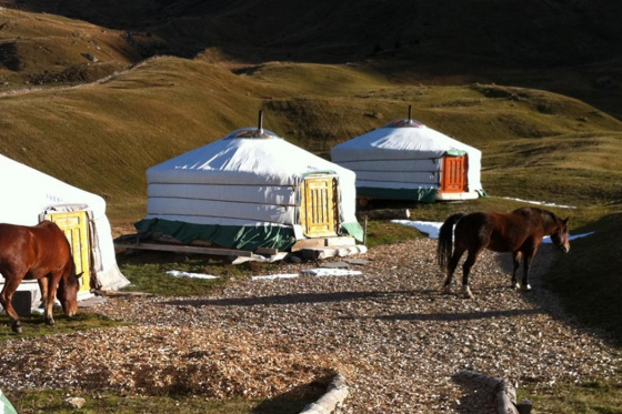 Jurtenübernachtung - Mongolische Jurten als Hotelzimmer 2 [article_picture_small]