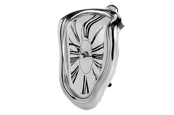 Design Uhr - schmelzend 1