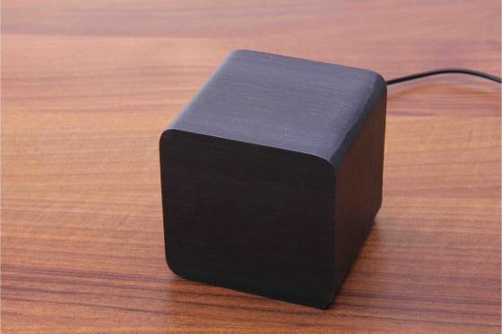Wooden LED Wecker - The Karma schwarz 2