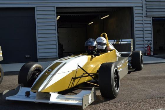 Formule Renault Biplace - 3 tours à l'Anneau du Rhin  [article_picture_small]