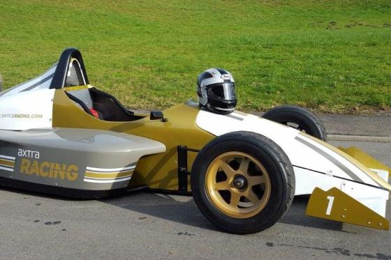 4 tours en Formule König - Au Circuit de Dijon 1 [article_picture_small]
