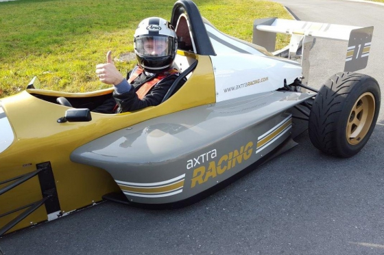 8 tours en Formule König - Au Circuit de Dijon 2 [article_picture_small]