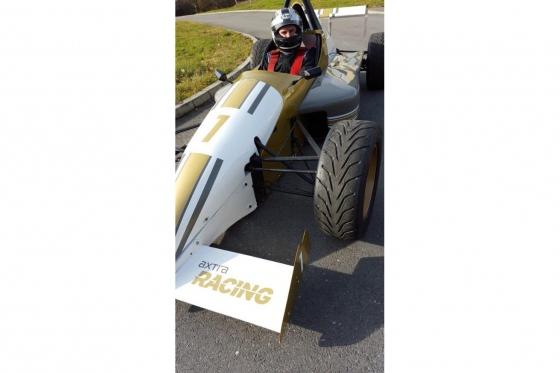 8 tours en Formule König - Au Circuit de Dijon 3 [article_picture_small]
