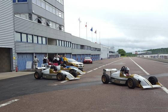 8 tours en Formule König - Au Circuit de Dijon 6 [article_picture_small]