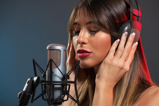 Profisänger(in) für einen Tag - Nehmen Sie Ihren Lieblingssong professionell im Tonstudio auf  [article_picture_small]