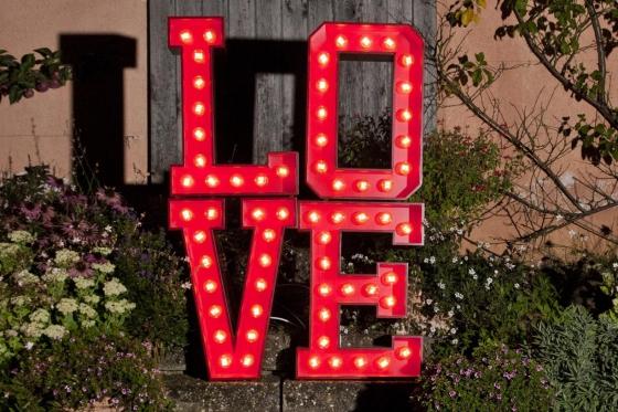 LOVEletters für einen Tag mieten - das perfekte Geschenk für Verliebte  [article_picture_small]