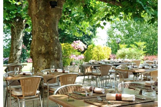 Escapade Gourmande pour deux - Séjour & repas au Grand Hôtel du Domaine de Divonne 8 [article_picture_small]