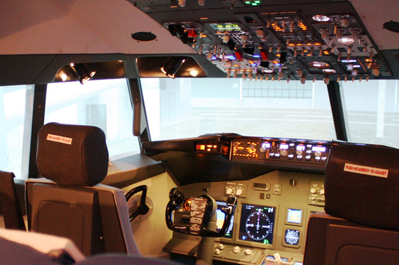 Flug Simulator Geschenk - im Cockpit einer Boeing 737  [article_picture_small]