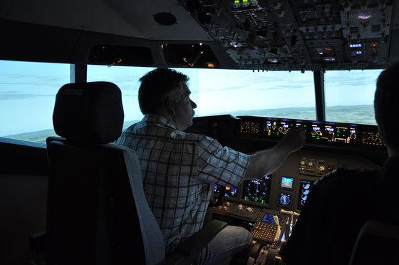 Flug Simulator Geschenk - im Cockpit einer Boeing 737 5 [article_picture_small]