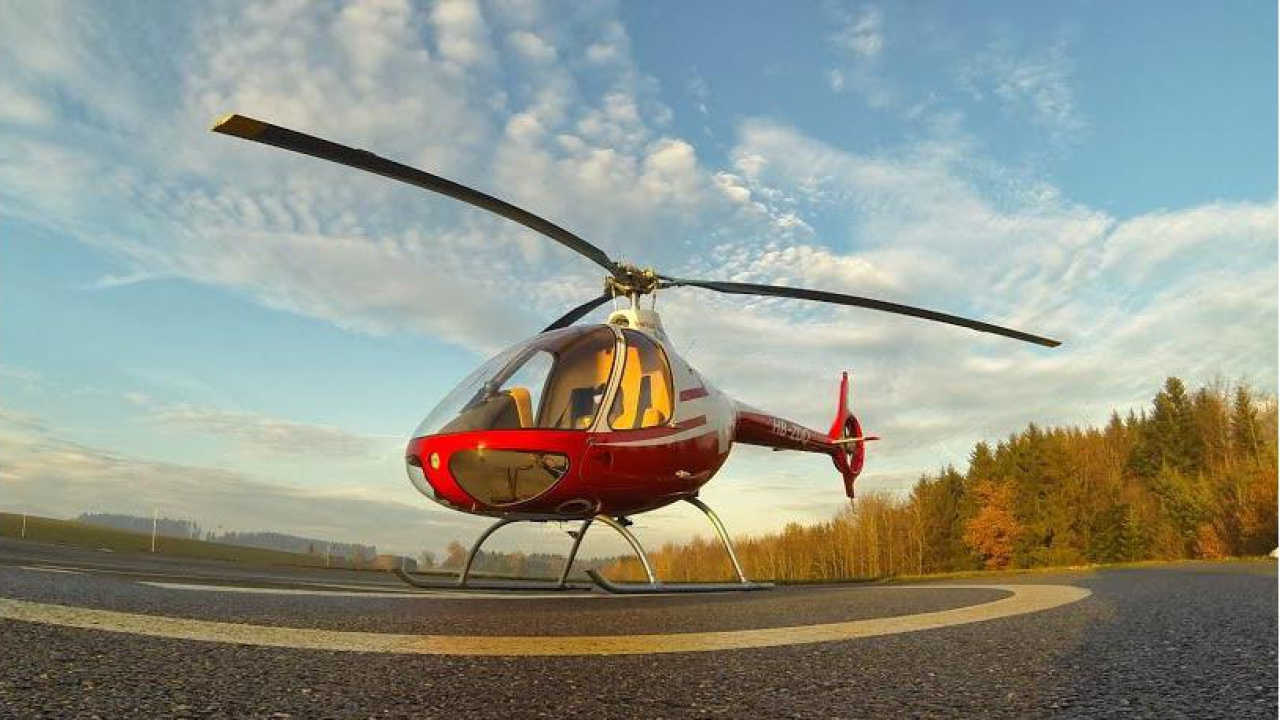 Un Elicottero : Alla guida di un elicottero