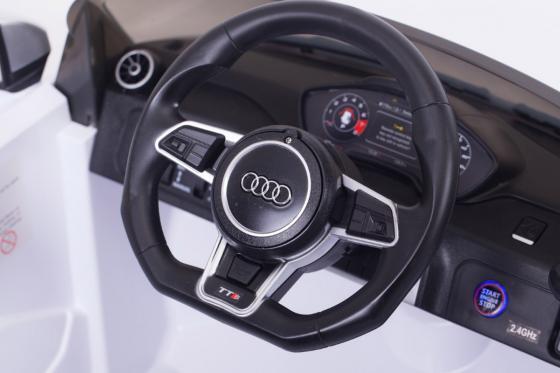 Audi TTS Roadster  - voiture électrique  2