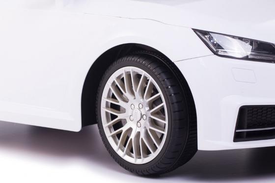 Audi TTS Roadster  - voiture électrique  5