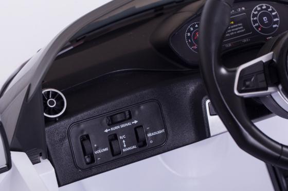 Audi TTS Roadster  - voiture électrique  14