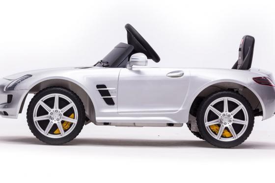 Mercedes-Benz SLS AMG - Elektroauto 3