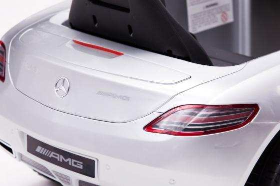 Mercedes-Benz SLS AMG - Elektroauto 11