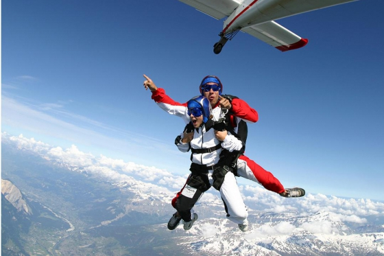 Skydiving Tandem - im Wallis  [article_picture_small]