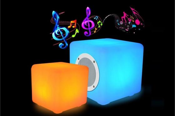 LED Bluetooth Lautsprecher - 40x40x40cm - Multicolor