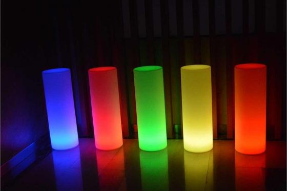 LED  Leuchte - 25x25x110cm - Multicolor