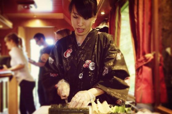 Train Sushi - Sushis et boissons pour deux personnes 1 [article_picture_small]
