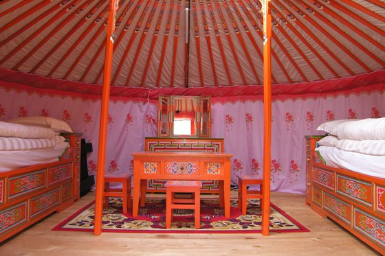 bernachtung in der jurte. Black Bedroom Furniture Sets. Home Design Ideas