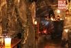 Tête-à-tête romantique-dans une grotte 2