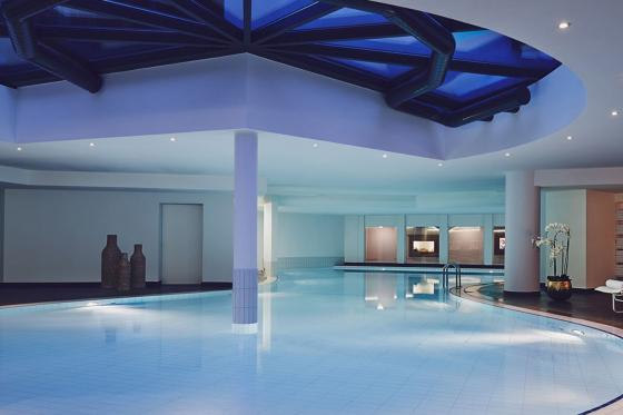 DAVOS: Hotel u. Skipass für 2 - inkl. Wellness Eintritt 10 [article_picture_small]