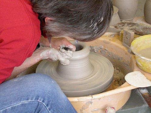 Faire de la poterie - dans un atelier de céramique 2 [article_picture_small]