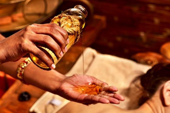 Ayurveda Massage - Ganzkörpermassage mit warmen Ölen, 2 Stunden  [article_picture_small]