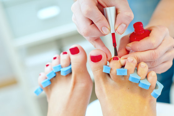 Pedicure mit Lack - inkl. Fuss Massage  [article_picture_small]