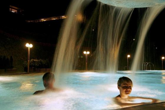 Übernachtung mit Pool-Kino für 2 - Romantische Wellnessübernachtung in Ovronnaz mit Kinofeeling 4 [article_picture_small]