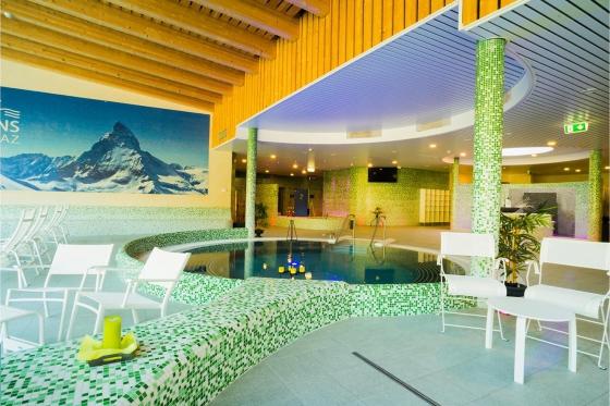 Übernachtung mit Pool-Kino für 2 - Romantische Wellnessübernachtung in Ovronnaz mit Kinofeeling 13 [article_picture_small]