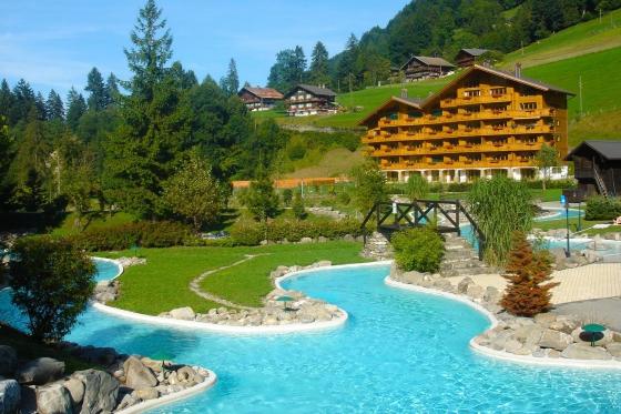 Séjour aux bains de Val-d'Illiez - 1 nuit pour 2 personnes avec accès illimité au centre thermal 2 [article_picture_small]