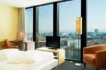 Übernachtung über den Dächern Basels - im Hyperion Hotel Basel inkl. Spa und 3-Gänge-Menü