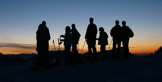 Abend- oder Vollmondschneeschuhtour - mit Fondueplausch und Bockerlabfahrt 2 Personen 2 [article_picture_small]