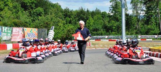 Rennkart und Kart fahren - Action Erlebnis auf der Kartbahn 3 [article_picture_small]