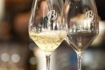Dégustation de vin pour deux - Cave Beetschen (VD) avec apéritif et 2 bouteilles offertes