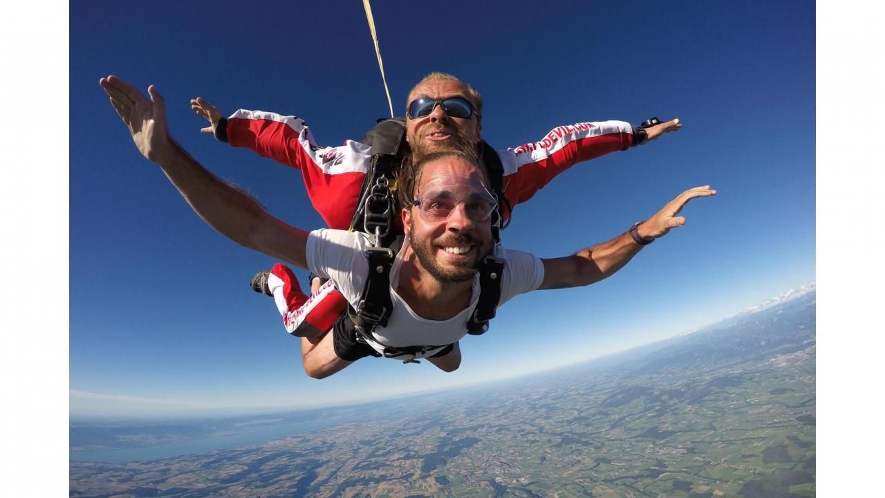saut en parachute ecuvillens