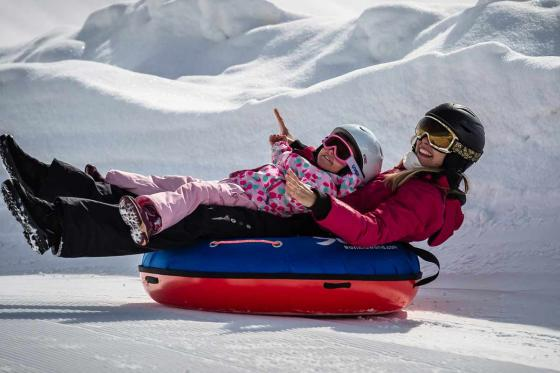 Snowtubing - Winter Action auf der Engstligenalp  [article_picture_small]