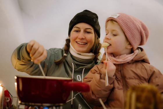 Fondue-Plausch - für 2 Personen im Schnee Iglu Restaurant Engstligenalp 4 [article_picture_small]