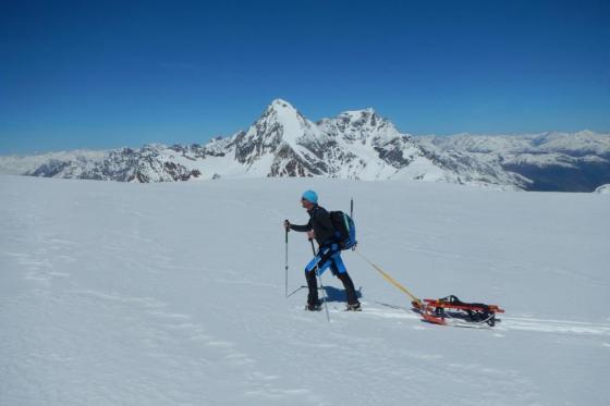 Schneeschuh Tour und Schlitteln - mit dem einzigartigen Freeride Alpin Schlitten  [article_picture_small]