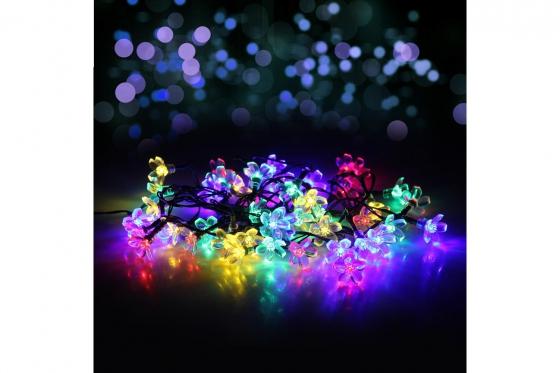 Chaîne de lumières LED - Set de 50 fleurs, solaire