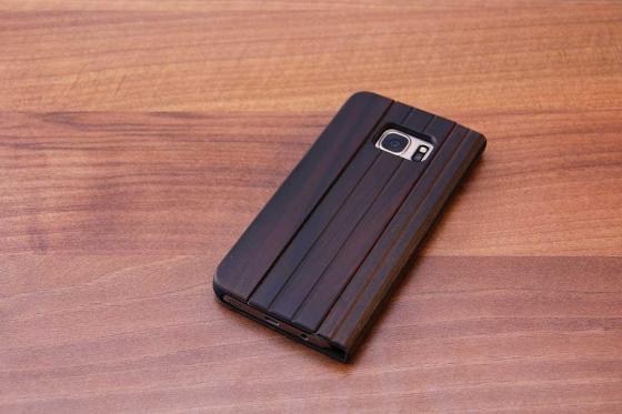 Samsung Galaxy S7 flip case - Sandelholz 2