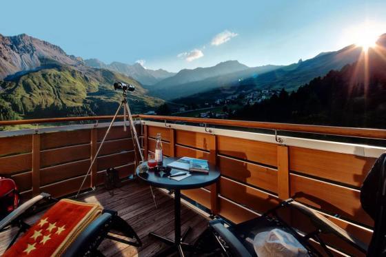 Wellness Deluxe - Deluxe Doppelzimmer im Tschuggen Grand Hotel - Sommersaison 8 [article_picture_small]