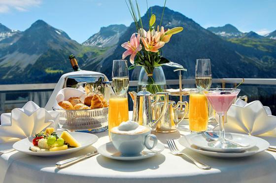 Wellness Deluxe - Deluxe Doppelzimmer im Tschuggen Grand Hotel - Sommersaison 9 [article_picture_small]