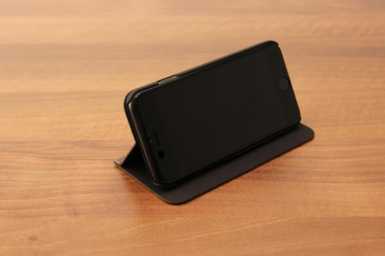 iPhone 7 Flip Case - Sandelholz 5